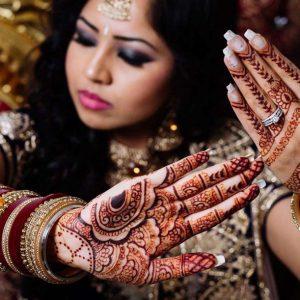 Bruidshenna-handen-1-3-1024x611-logo