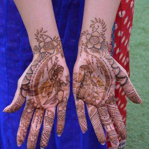 Bruidshenna-handen-2-1-681x1024-logo