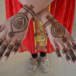 Bruidshenna-handen-3-1024x611-logo
