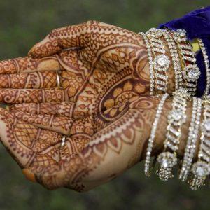 Bruidshenna-handen-8-1-1024x683-2-logo